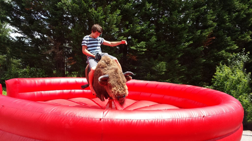 mechanical bull teen rider